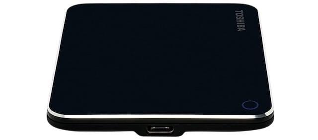 Toshiba lancia unità a stato solido portatile da 240 GB XS700 con USB 3.1 Gen 2 Type-C 2